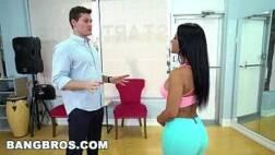 Xxxvideos porno de morena deliciosa transando forte com seu companheiro