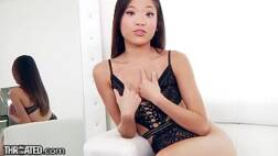 Xxx vidros da asiática putona mamando pica