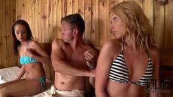 Porn xn novinhas metendo na sauna com o amigo