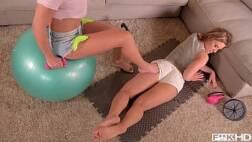 Sexo gratis video pós-treino com duas mulheres